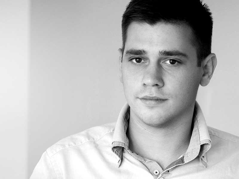 Dušan Avdić